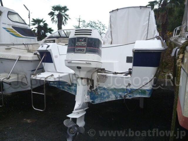 лодка пластиковая YAMAHA F-26 1985 года