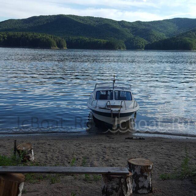 лодка пластиковая YAMAHA Passport 2000 года