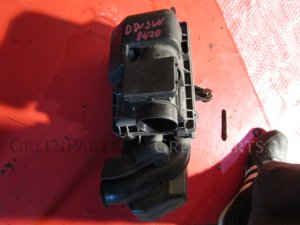 Корпус воздушного фильтра на Mazda Demio DW3W B3E 738420