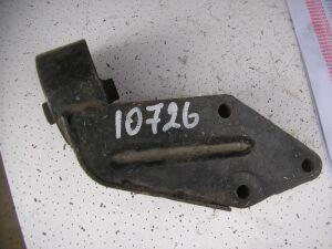Подушка двигателя на Nissan B14 112110M005