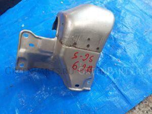Термоэкран турбины на Subaru Forester SG5 EJ205