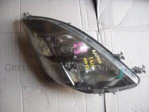 Фара на Toyota Isis ZNM10 4461