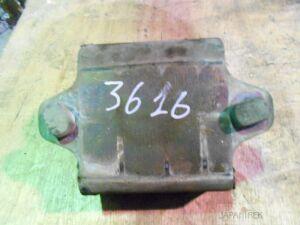 Подушка двигателя на Nissan Mistral KR20