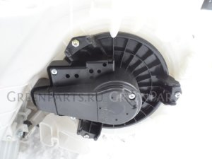 Мотор печки на Toyota Prius ZVW30 2ZRFXE