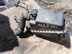 Патрубок воздушн.фильтра на Toyota Corolla Fielder NZE120, NZE121, ZZE122, CE121 1NZ-FE