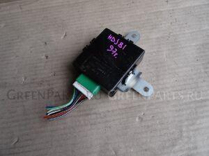 Электронный блок на Toyota Land Cruiser HDJ81 87989-60011