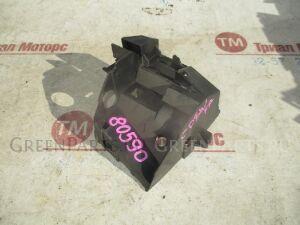 Крепление бампера на Mazda Premacy CP8W