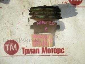 Тормозные колодки на Toyota Prius NHW20 1NZFXE