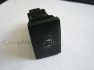 Кнопка на Toyota Voxy ZRR70 3ZRFAE 84963-28010