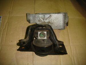 Подушка двигателя на Nissan Note E11