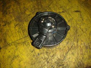 Мотор печки на Toyota Bb NCP31