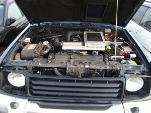 Фара на Mitsubishi Pajero V26WG 4M40