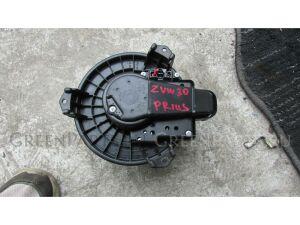 Мотор печки на Toyota Prius ZVW30 1NZ