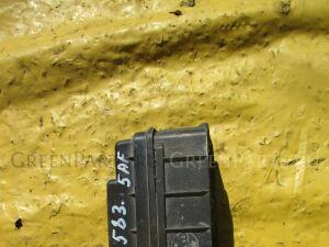 Блок предохранителей под капот на Toyota Corolla AE91 5A-F