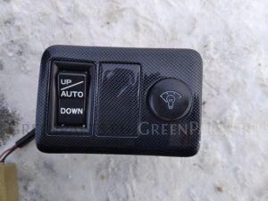 Кнопка на Toyota Mark II Qualis MCV25