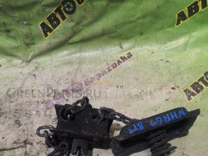 Крепление запаски на Isuzu ELF NHR69-7009891 4JG2