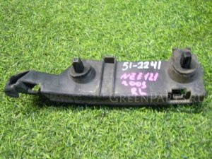 Крепление бампера на Toyota Corolla Spacio NZE121 1NZFE