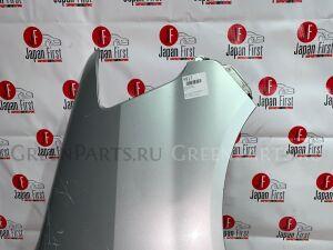 Крыло на Toyota Noah AZR60