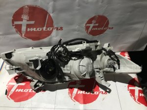 Фара на Toyota Camry ACV45, ACV40 2AZ-FE