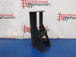 Крепление запасного колеса (для марок: mmc для мод MMC