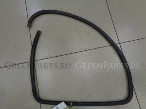 Уплотнительная резинка на Mazda Demio DY 2000-2007 1.3 91л.с. ZJ / АКПП Хетчбек 2003г. D35068914A
