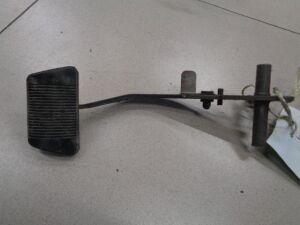 Педаль тормоза на Chrysler PT Cruiser 2000-2010 2.4 150л.с. EDZ / АКПП Хэтчбек 2001г (до рестайл) 5273027AB