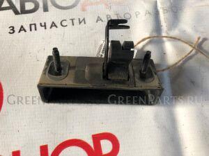 Ручка открывания багажника на <em>Subaru</em> <em>Forester</em> SG5, SG9