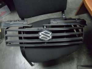 Решетка на Suzuki Swift HT51S