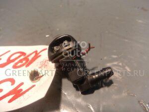 Форсунка омывателя лобового стекла на Mazda MAZDA 3 (BK) 2002-2009 BP4K67510