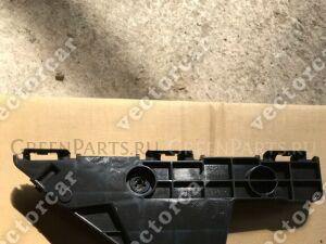 Крепление бампера на Toyota Highlander GSU40;GSU45;ASU40;GVU48;MXU48