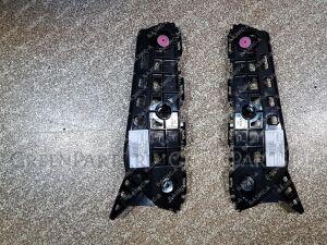 Крепление бампера на Toyota Alphard GGH30W