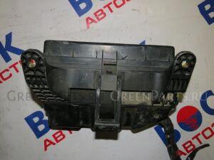 Блок предохранителей на Toyota Estima ACR30W 2AZ-FE