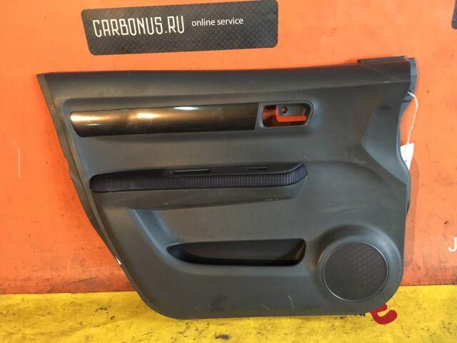 Обшивка двери на Suzuki Swift ZC71S