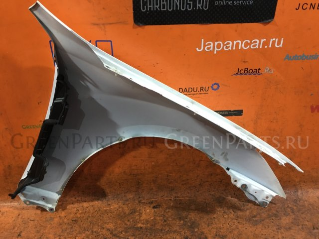 Крыло на Toyota Crown GRS201