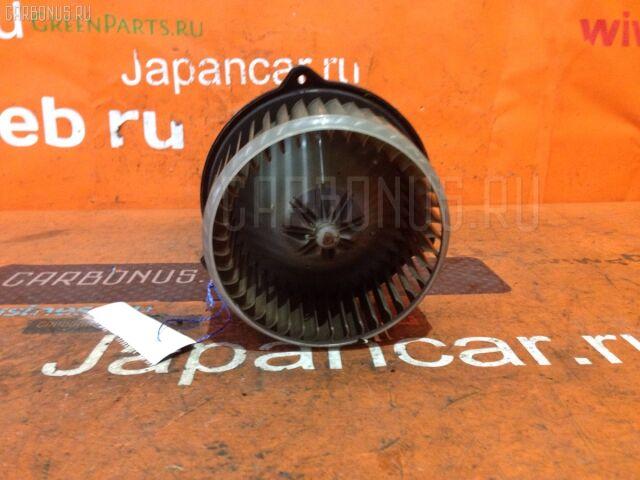 Мотор печки на Toyota Opa ZCT10