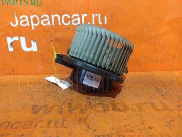 Мотор печки на Toyota Gaia ACM15G