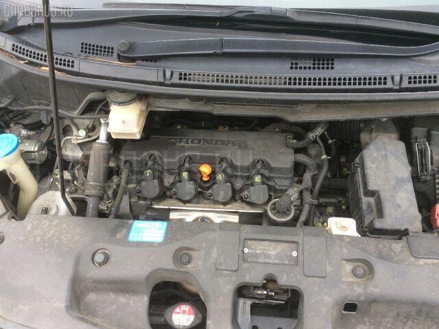 Крепление капота на Honda Stepwgn RK1
