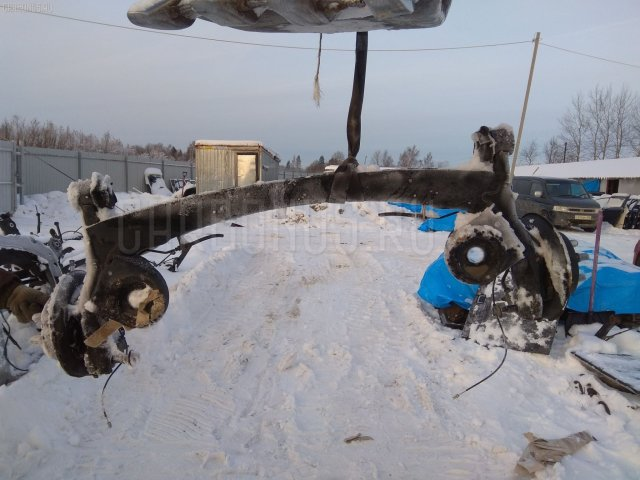 Балка подвески на Toyota Isis ANM10G 1AZ-FSE
