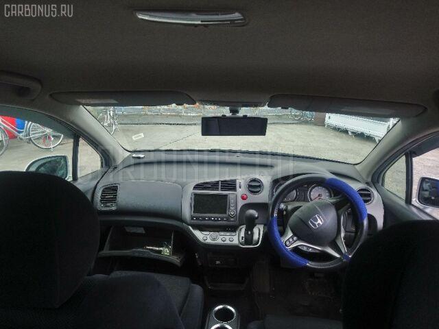 Дверь на Honda Stream RN6