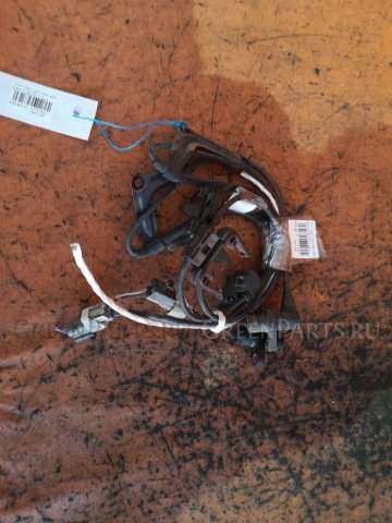 Датчик abs на Toyota Nadia SXN10 3S-FE