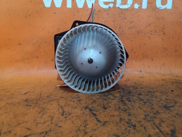 Мотор печки на Nissan Wingroad WFY11, WHNY11, WHY11, WPY11, WRY11