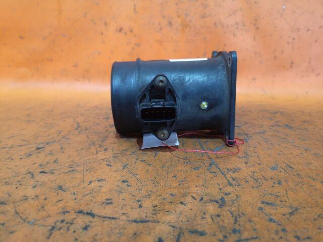 Датчик расхода воздуха на Nissan Liberty RM12, RNM12 QR20DE