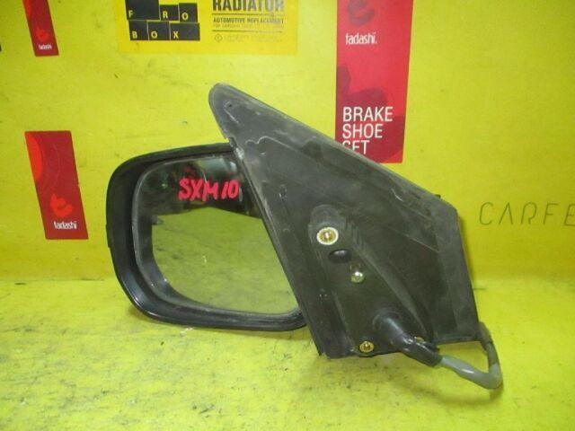 Зеркало двери боковой на Toyota Ipsum SXM10G