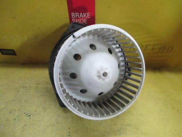 Мотор печки на Nissan Presage TU31