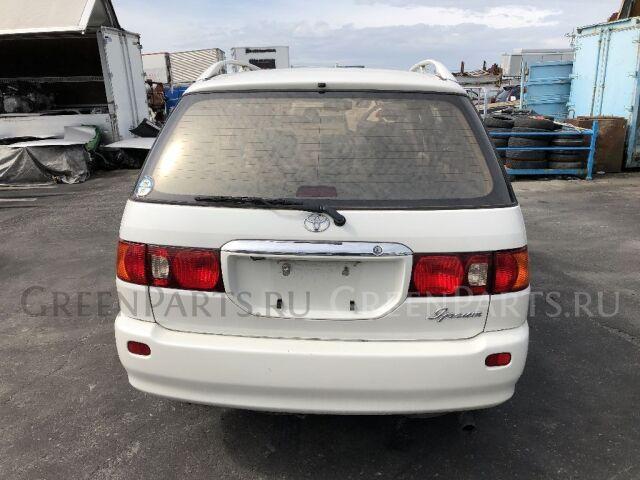 Уплотнение двери на Toyota Ipsum SXM10G
