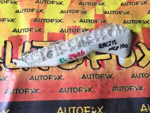 Крепление бампера на Toyota Ractis NCP100 52576-52110