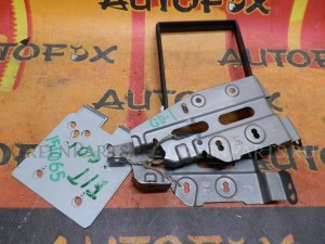Крепление магнитофона на Honda Fit GD1