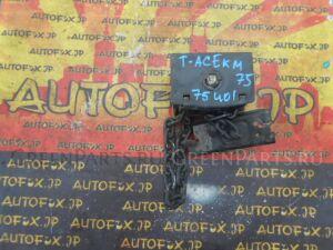 Крепление запаски на Toyota Town Ace KM75