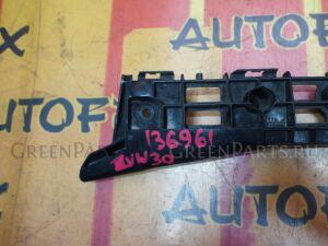 Крепление бампера на Toyota Prius ZVW30 52116-47020