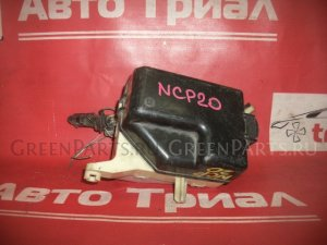 Блок предохранителей на Toyota Funcargo NCP20 2NZ-FE